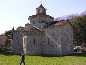 die-romanische-kirche-von-ende-des-11-jahrhunderts