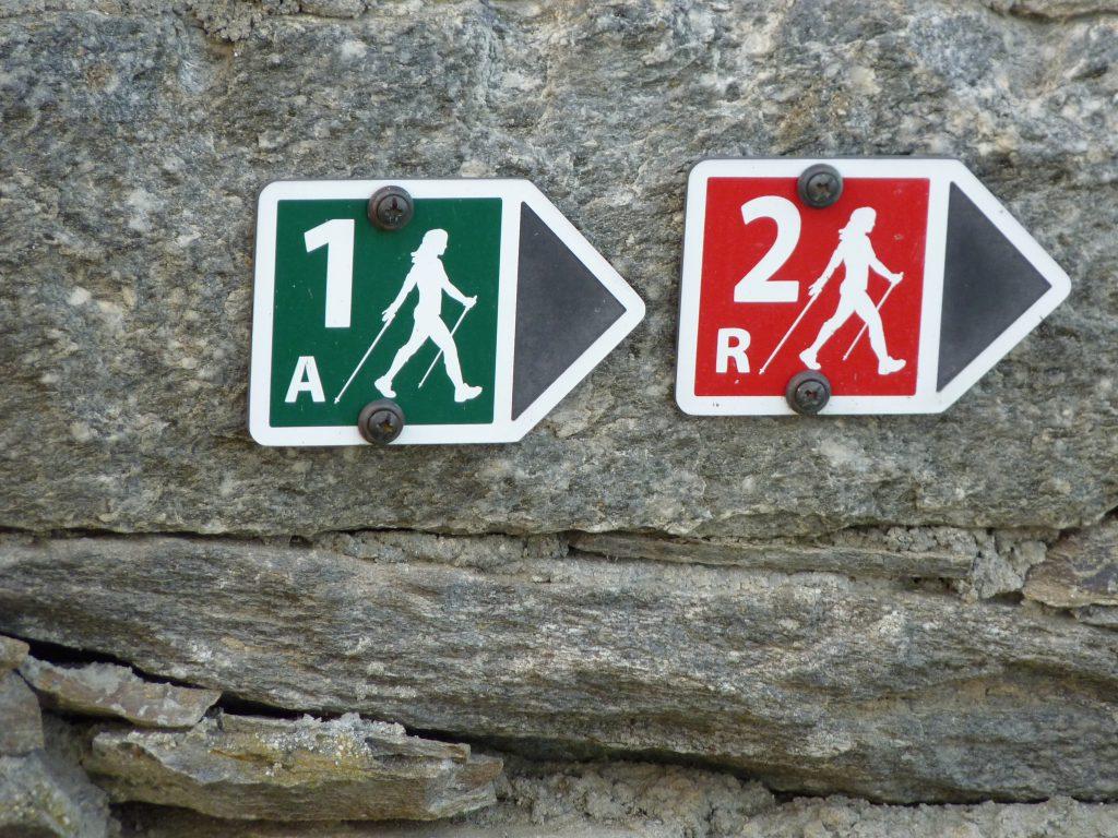 002_05_die-beschilderung-des-nordic-walking-nr-1-begleitet-den-rundweg