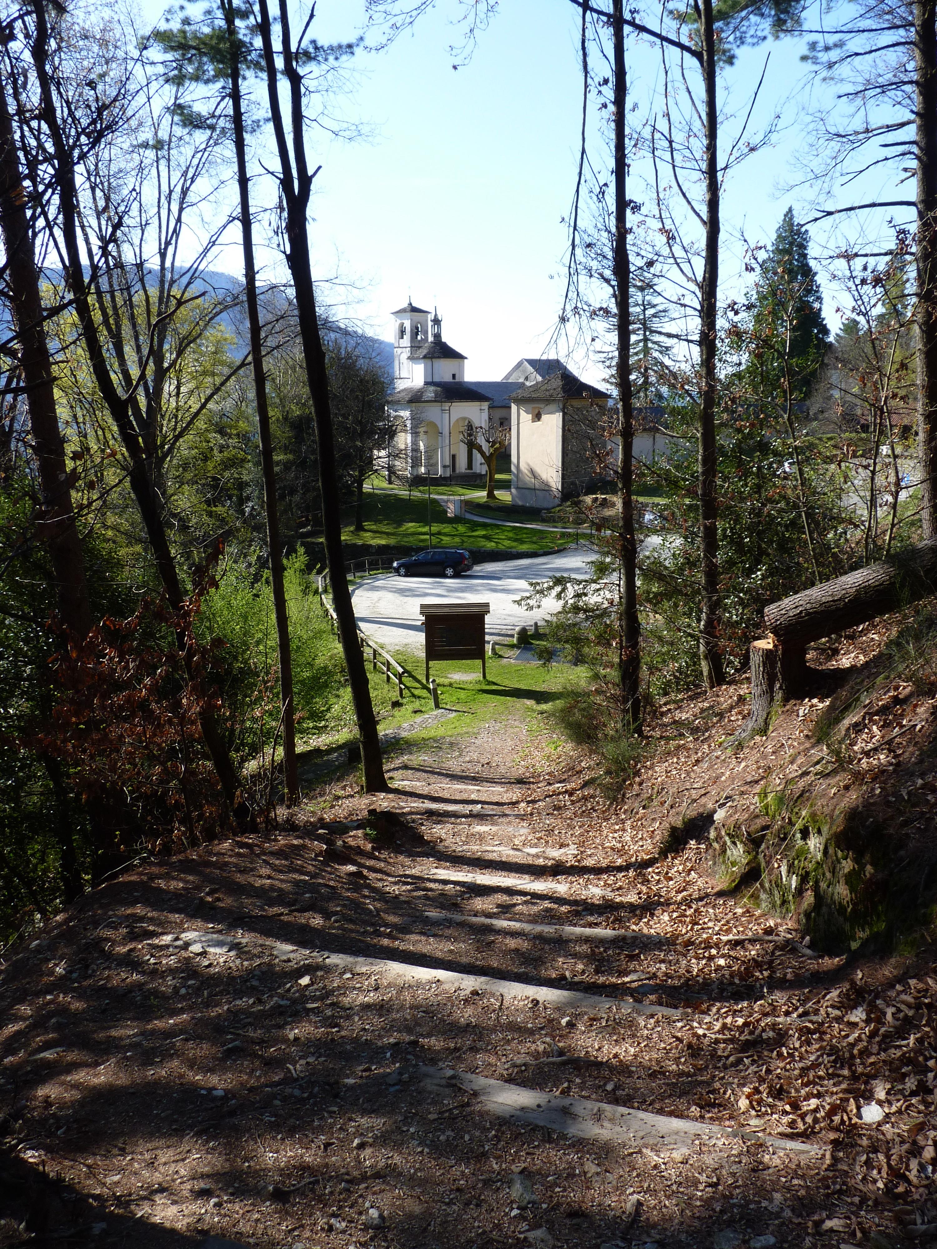 Der Naturlehrpfad des Sonderreservates Sacro Monte della SS. Trinità di Ghiffa